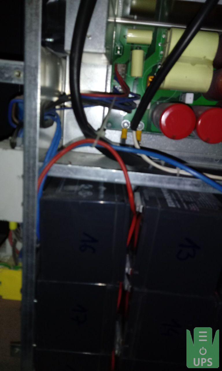 wymiana kondensatorów w zasilaczu